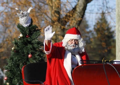Massillon to Welcome Holidays/Santa with Parade & Fireworks this weekend