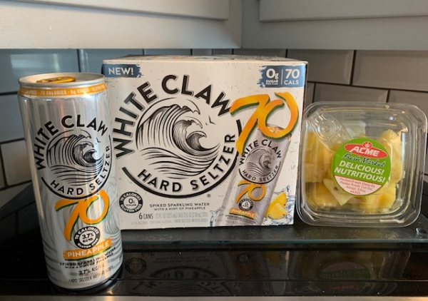 Fineapple White Claw Slushie