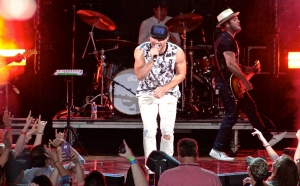 Sam Hunt performs at Blossom Music Center