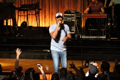Darius Rucker of Hootie and the Blowfish performs at Blossom Music Center