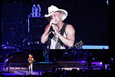 Kenny Chesney at Blossom Music Center, 2018