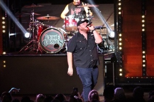 Luke Combs Performs on the 'High Noon Neon Tour' at Blossom Music Center, 2018