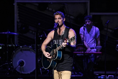 Brett Young Performs at Blossom Music Center, 2017